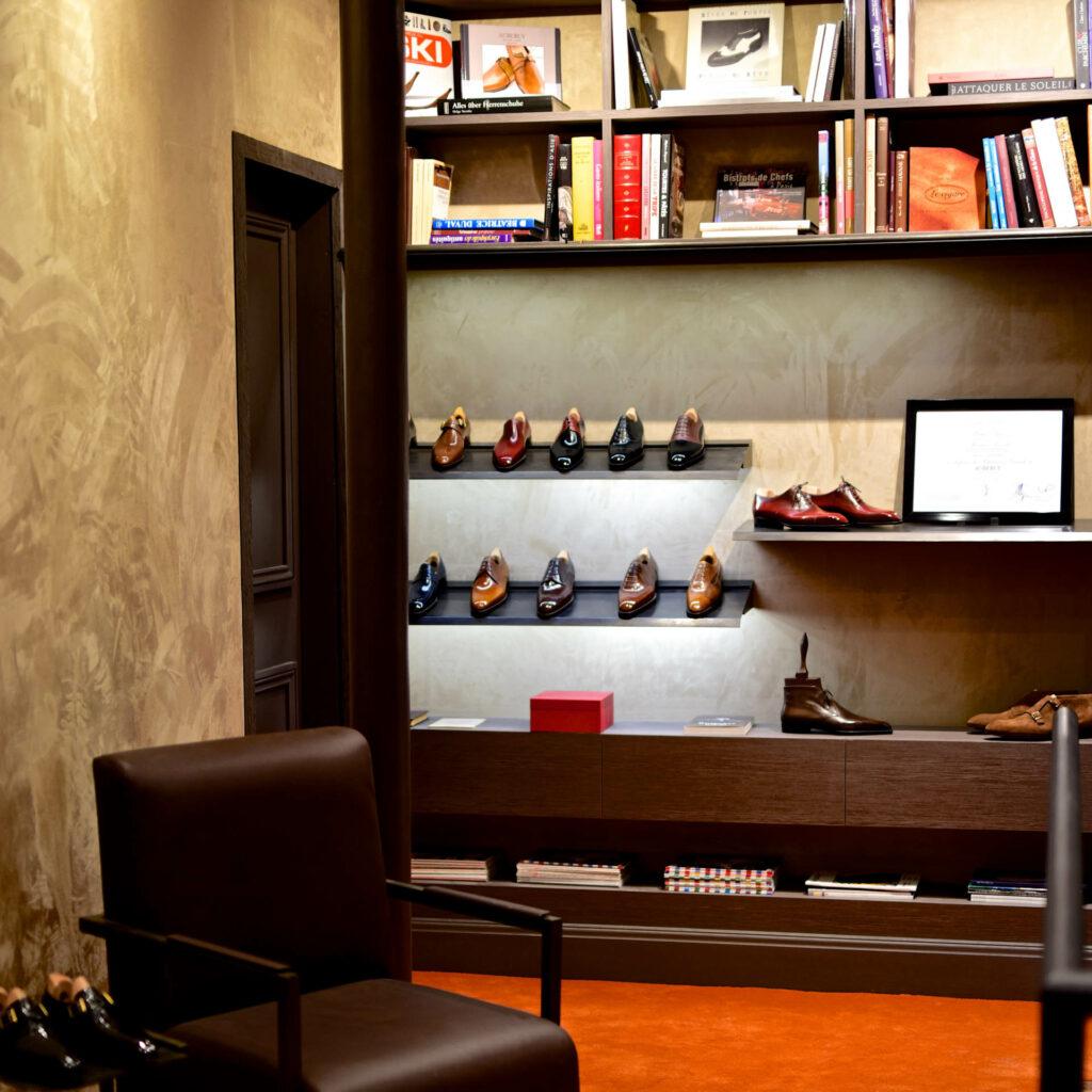 L'intérieur du magasin historique Aubercy au 34, Rue Vivienne, à Paris