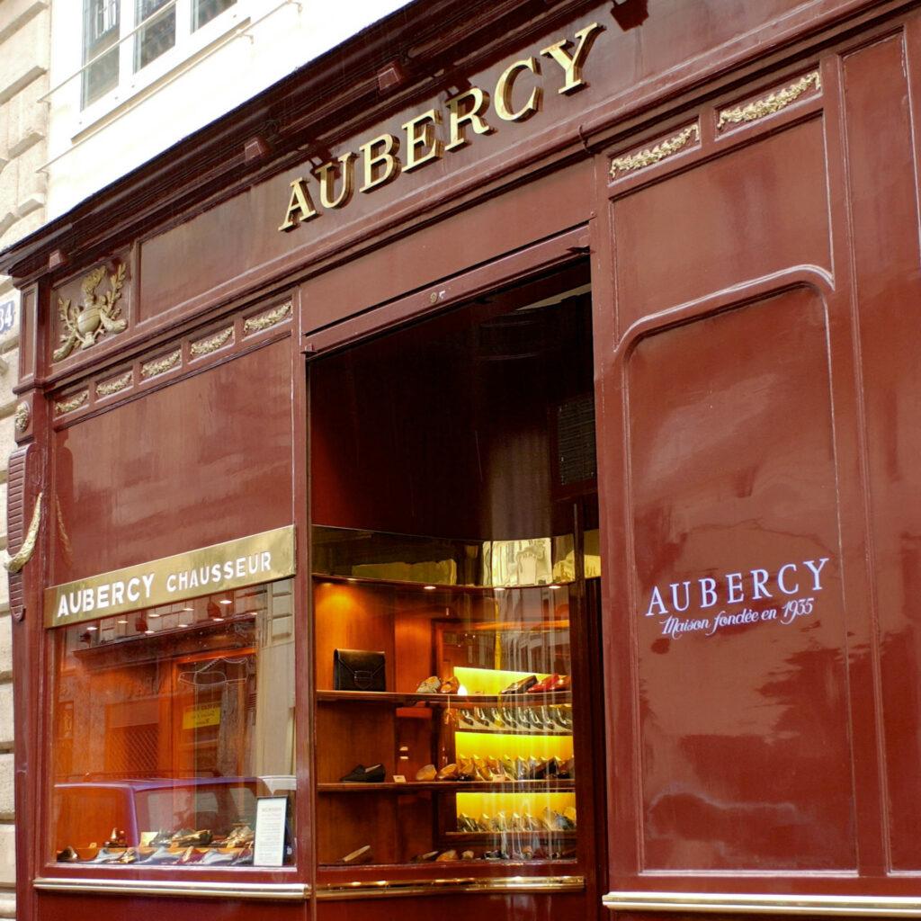 La devanture du magasin historique Aubercy au 34, Rue Vivienne, à Paris