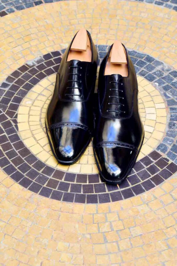 Le richelieu oxford James en cuir noir