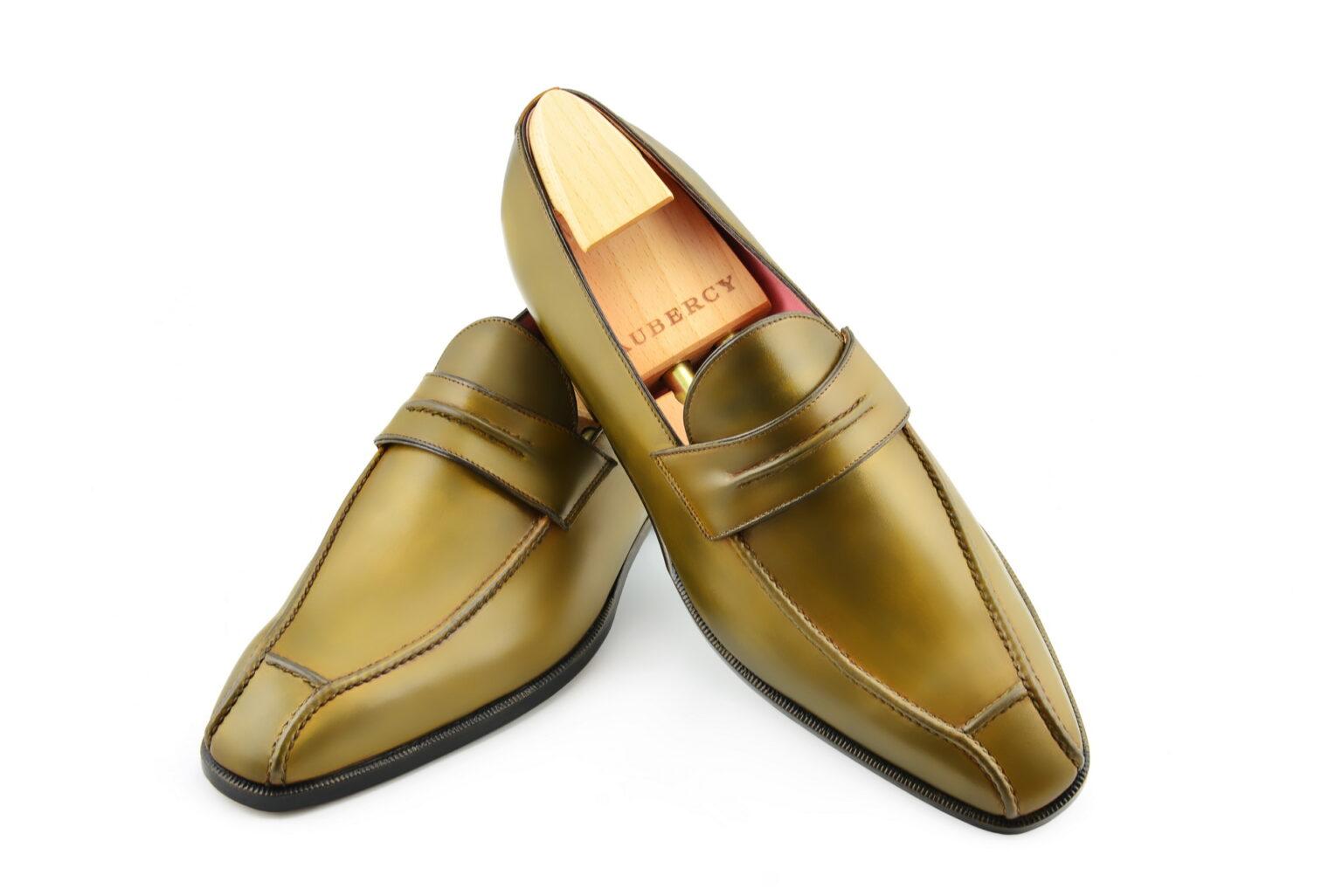 Le mocassin loafer Janus en cuir bronze