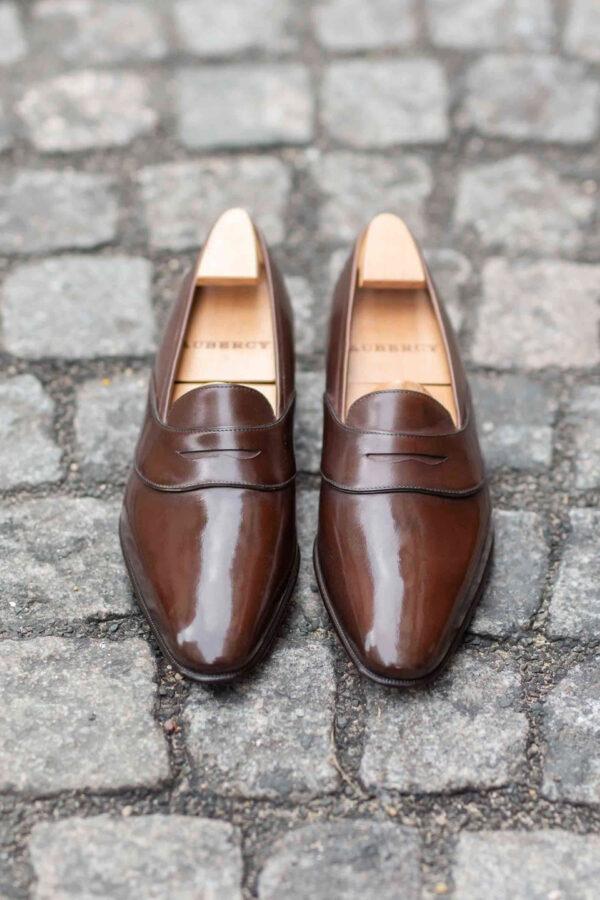 Le mocassin penny loafer Darcy en cuir marron moyen