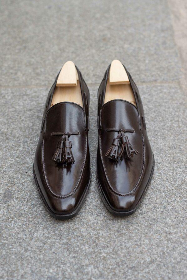 Le mocassin tassel loafer a pampilles Dorian en cuir marron